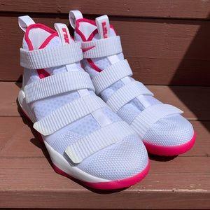 NEW Nike LeBron Soldier XI 'White Vivid Pink'